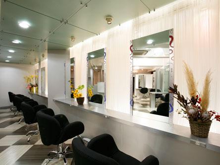 HAIR CLUB Lusso CAPELLI1
