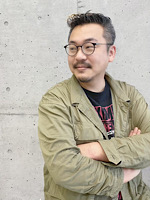 ヤマシタ トモユキ