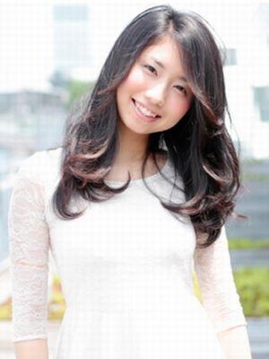 黒髪×サイドパート