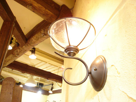 St. LAMP 4
