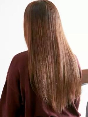 サラサラの髪は思わず触りたくなる☆ストレートロング☆