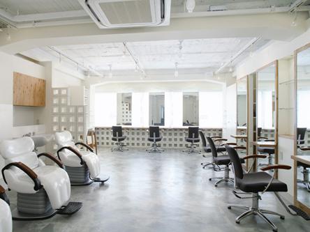 Hair Make Casa 新宿南口店1