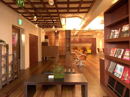 Casa 池袋東口店3