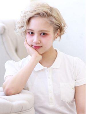☆shout アッシュベージュのカーリーショート☆