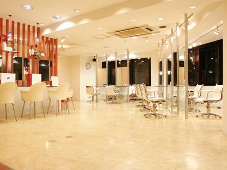 BCBG 八王子店1