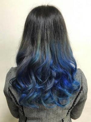 グラデーションカラー ブルー