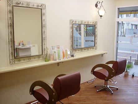 hair room BLESS(ヘアー ルーム ブレス)1