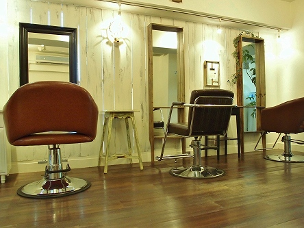 Sancha salon5