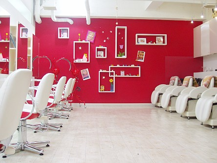 Hair studio UN1