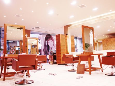 Neolive dress川崎アゼリア口店1