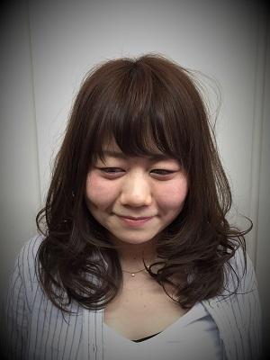 夏髪ミディ