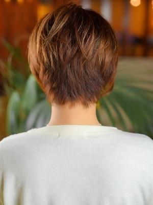 スタイリングが簡単大人ショートヘア