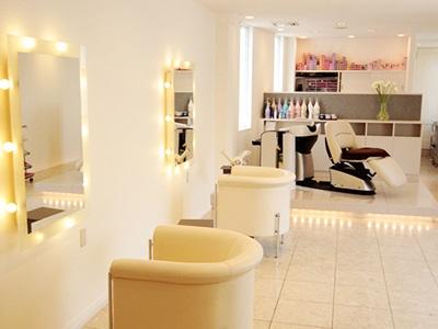 salon de coiffure chez tomo1