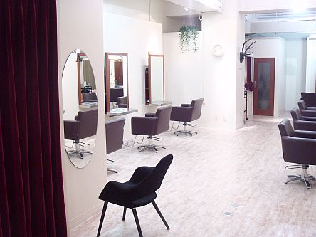 hair make Behive sendai ekimae3