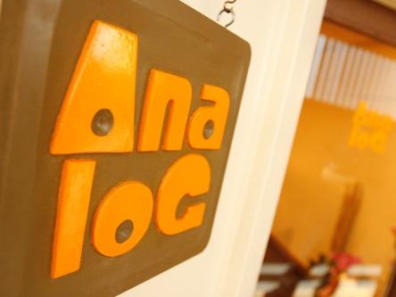 Ana-loG5