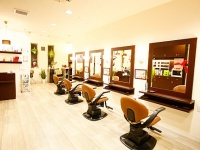 beauty salon MORYE