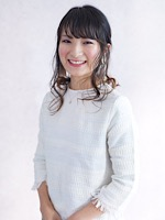 タケウチ アユミ