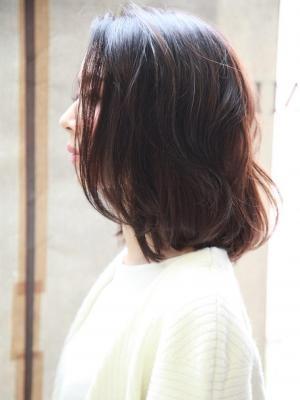 40代からのヘアスタイル~おしゃれカジュアルふんわりパーマ