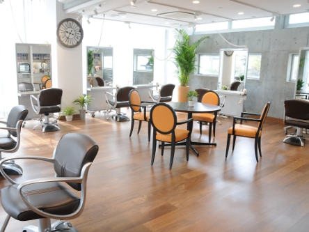 hair cutting garden Jacques Moisant 表参道店1