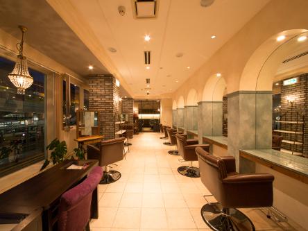 aile  total beauty salon 1