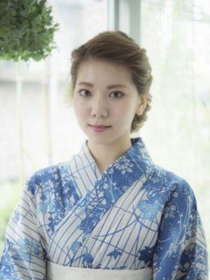 大人可愛いい☆編み込みツイストシニヨン