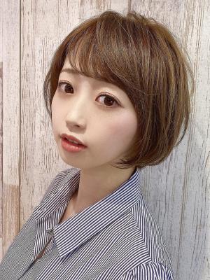 【Euphoria 金沢】顔周り包む小顔ショートボブ♪