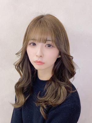 20代30代☆ぱっつん前髪の韓国風セミロング♪【担当 金沢】