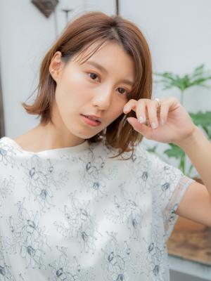 切りっぱなしボブ【IDs/聖蹟桜ヶ丘駅】