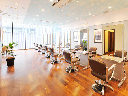 hair cutting garden Jacques Moisant 梅田店1