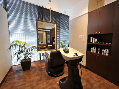 hair cutting garden Jacques Moisant 梅田店5