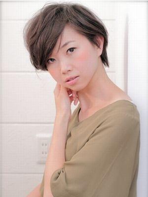 【レナータ】大人可愛い☆耳掛けマッシュショートスタイル