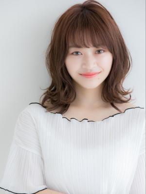 【Euphoria佐藤】ひし形小顔シルエットのふんわりミディ