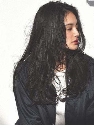 ワンサイド黒髪ロング