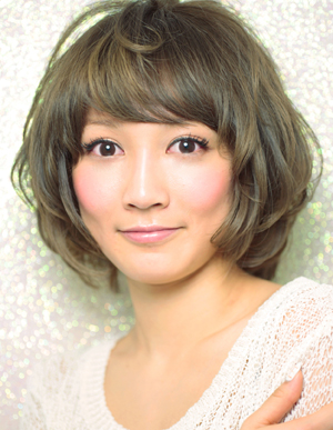 美髪へ大変身(e-028)