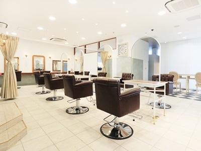 LOUVRE Total beauty Salon 1