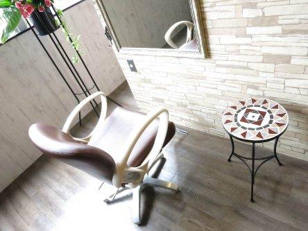Burny Hair Lounge2