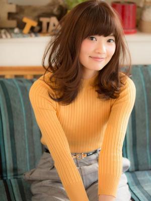 【aRietta】☆動きのあるふんわり小顔ミディ☆