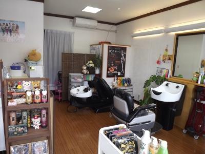 美容室 ティアラ1