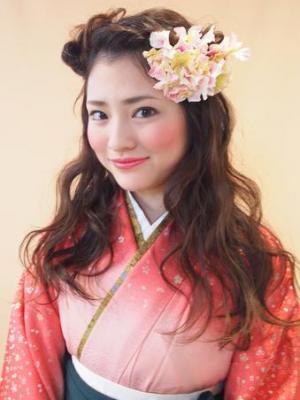 【卒業式・謝恩会に♪】袴のふわふわダウンアレンジ☆