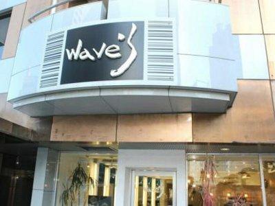 Wave's 大宮西口店3