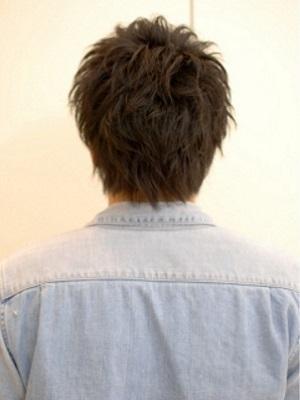 すっきり男子の黒髪ショート