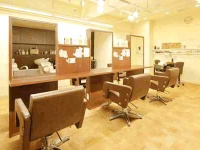 Bee-ms hair 植田店