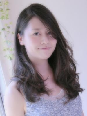 【PLAISIRS】黒髪☆ゆるやかロング