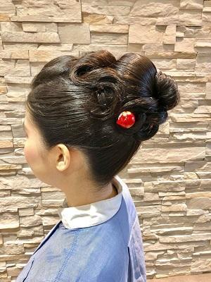 結婚式のお呼ばれに、新日本髪崩しの振袖ヘアアレンジ