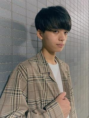 【秋冬イチオシ♪重めマッシュショートヘア】