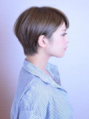 【Elvita】耳かけナチュラルショート