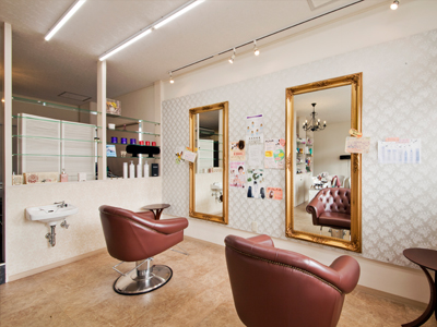 Hair Spa Salon MADAM GRACE1