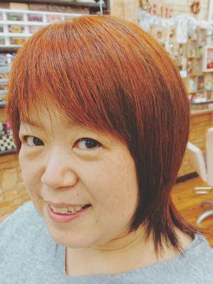 ショートレイヤースタイル(高級ヘナ染め髪)