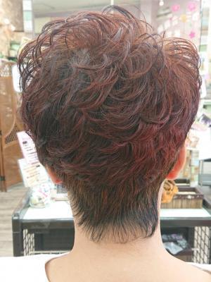 アシンメトリー・デザインカット(最高級ヘナ染め髪)