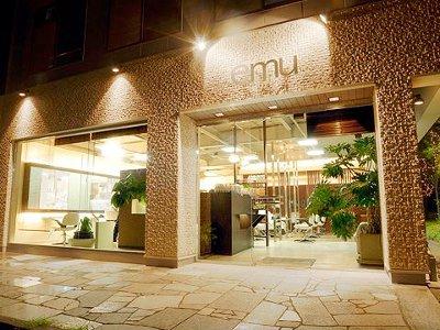 emu 桜川店3
